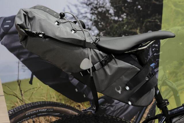 Seatbag o bolsa de sillín de bikepacking.